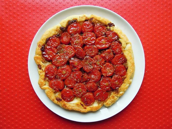 Rovesciata ( Tarte Tatin ) di pomodorini