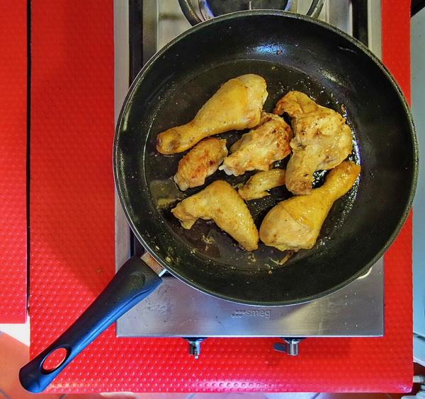 Yassa di pollo- Rosolatura